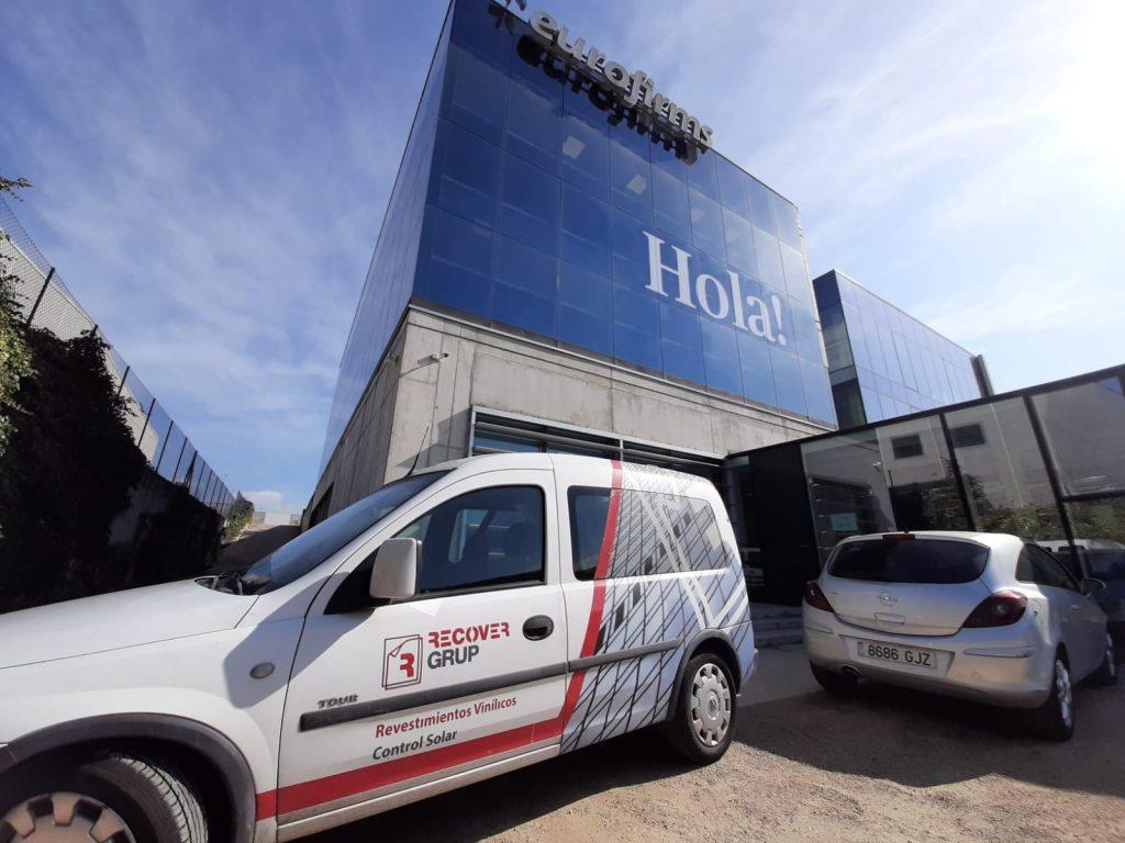 Instalación de pizarra autoadhesiva en empresa Eurofirms en Girona